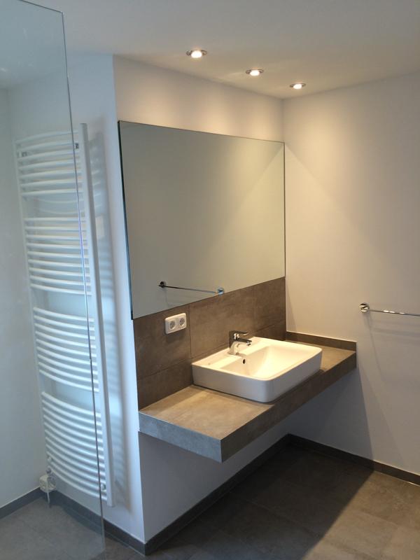 Der Viereckige Badezimmerspiegel Badezimmerspiegel Nach Maß  Badezimmerspiegel Horizontal Aufgehängt Photo